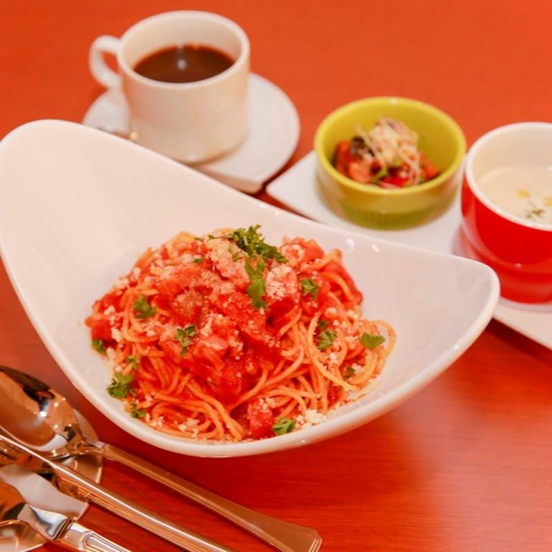 【PranzoC】スープ、ココット前菜、選べるPizza or Pasta、ドルチェなど全5品
