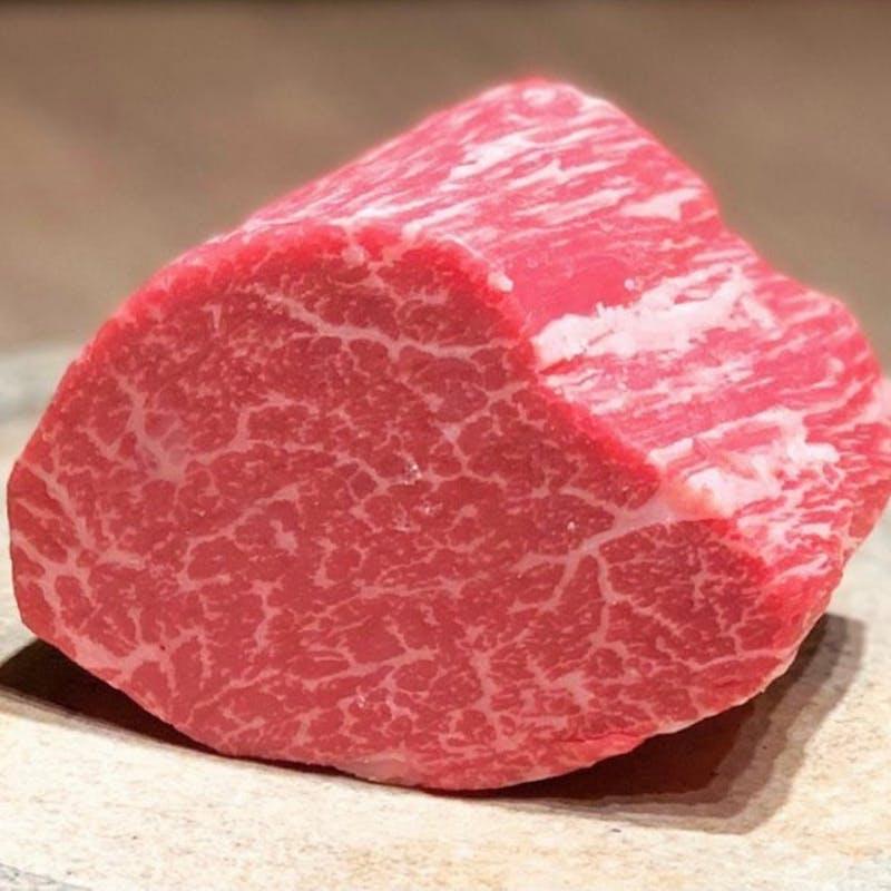【A5ランク黒毛和牛サーロインステーキ】サラダ、ご飯、味噌汁、香の物付