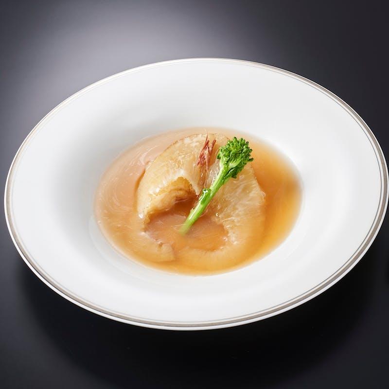 【嘉祥‐kasho‐】吉切鮫尾ビレの姿煮込み・お薦め点心二種など 全9品