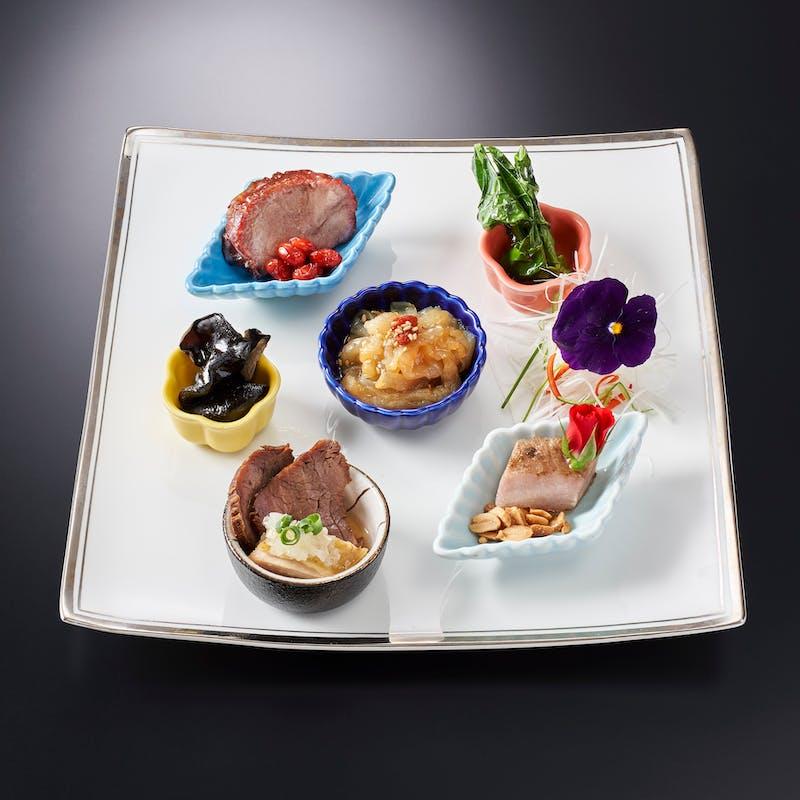 【祥鳳‐shoho‐】国産上豚の黒酢酢豚・吉切鮫尾ビレの姿煮込みなど 全7品