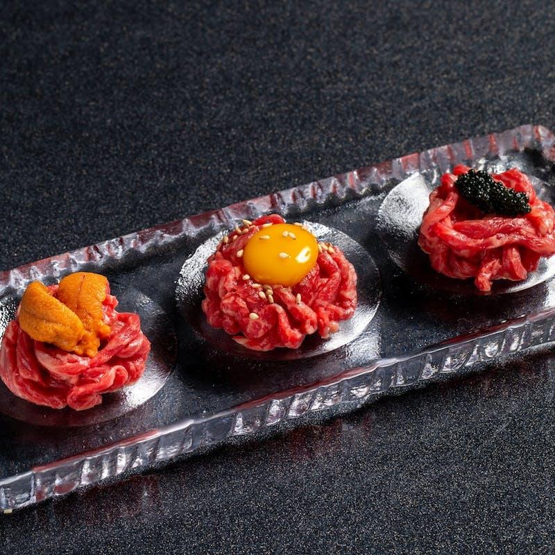 【自慢のユッケ食べ比べ】赤身焼肉コース