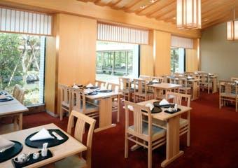 和食堂  山里 ホテルオークラ神戸 image