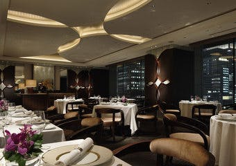 フランス料理 クラウン/パレスホテル東京