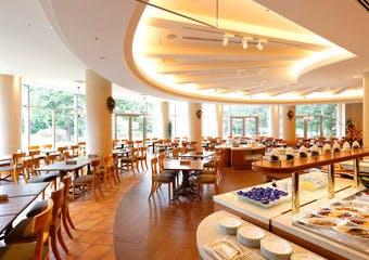 レストラン セントロ/フォレスト・イン昭和館