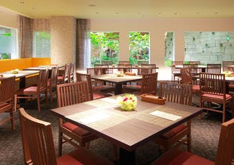 ホテルオークラレストラン横浜 ブッフェ&ダイニング サファイア