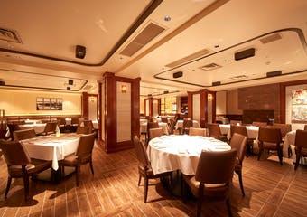 イタリア・フィレンツェ伝統の骨付きステーキ「ビステッカ」をメインに、ニューヨークのモダンなスタイルを合わせたステーキハウス。