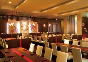 沖縄ならではの格式高い宮廷料理と薬膳料理で織りなす逸品をご堪能いただけます。