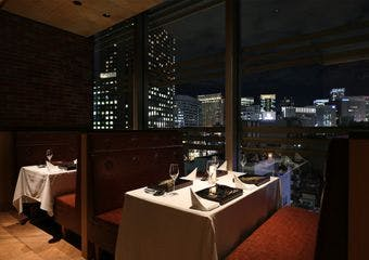 BLUE HOUR DINING
