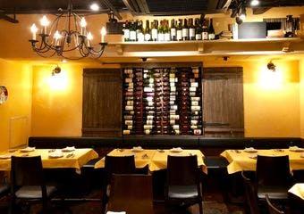 東銀座1分。本場イタリアさながらの雰囲気と料理が気軽に楽しめるイタリア料理店です。