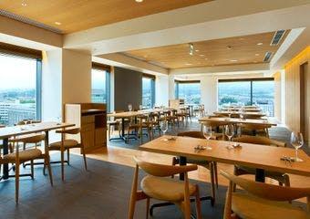 ROBATA GRILL 炉 L´EAU/富士山三島 東急ホテル