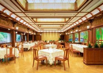 レストラン・カスケード/富士屋ホテル