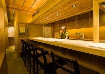 日本料理 百屋 image