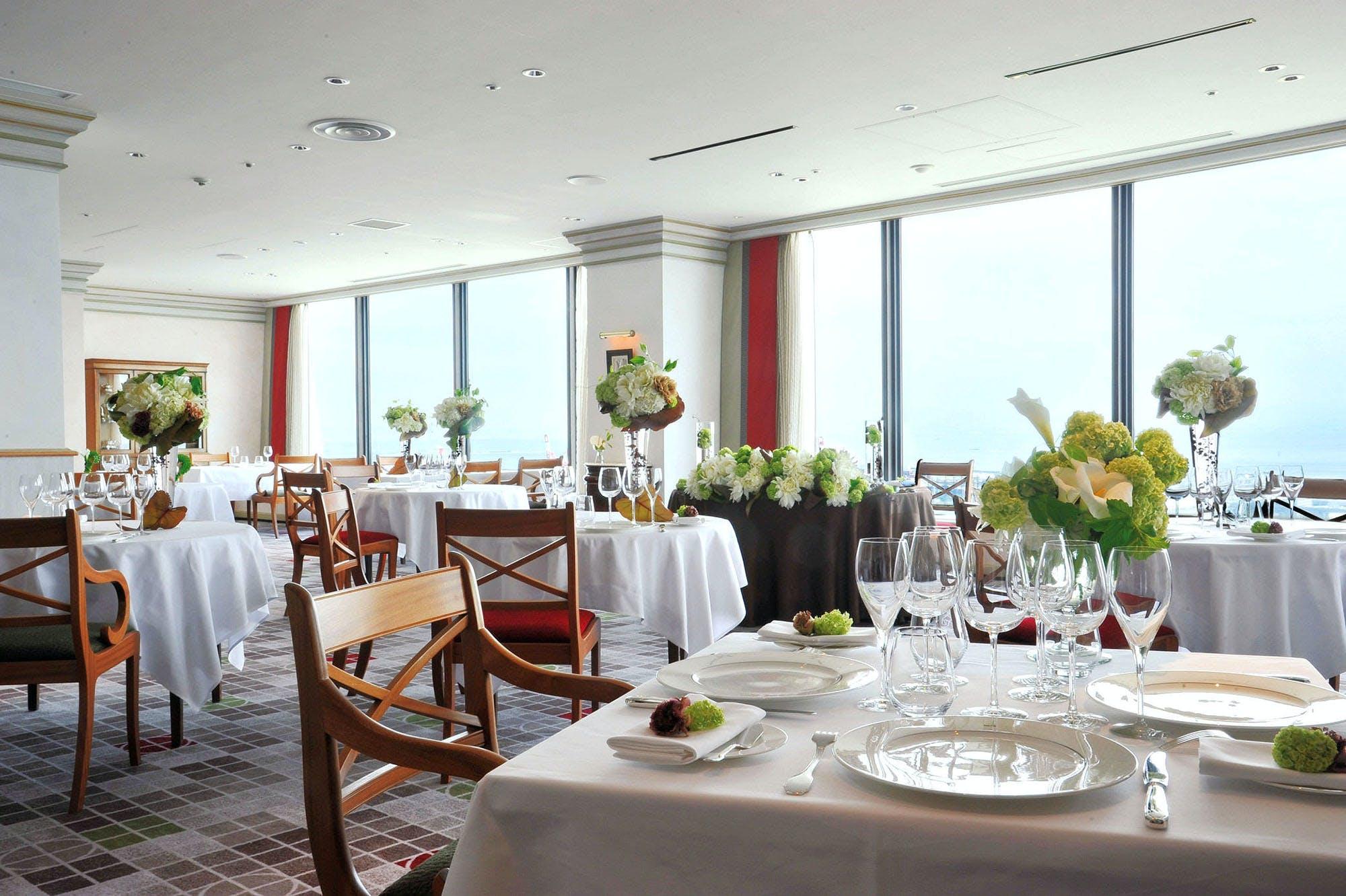 フレンチレストラン トランテアン/神戸ポートピアホテル