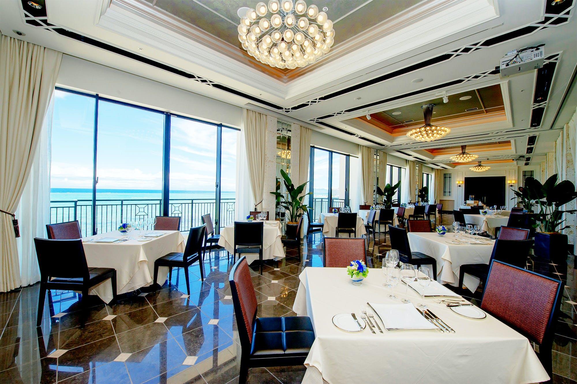 エスカーレ/ホテルモントレ沖縄スパ&リゾート