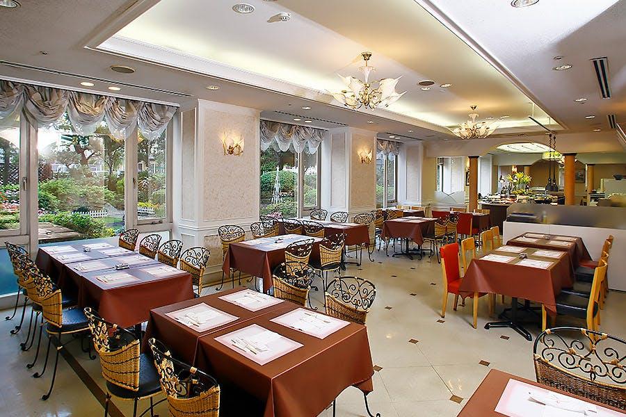 バイキングレストラン ザ・ガーデン/宝塚ホテル
