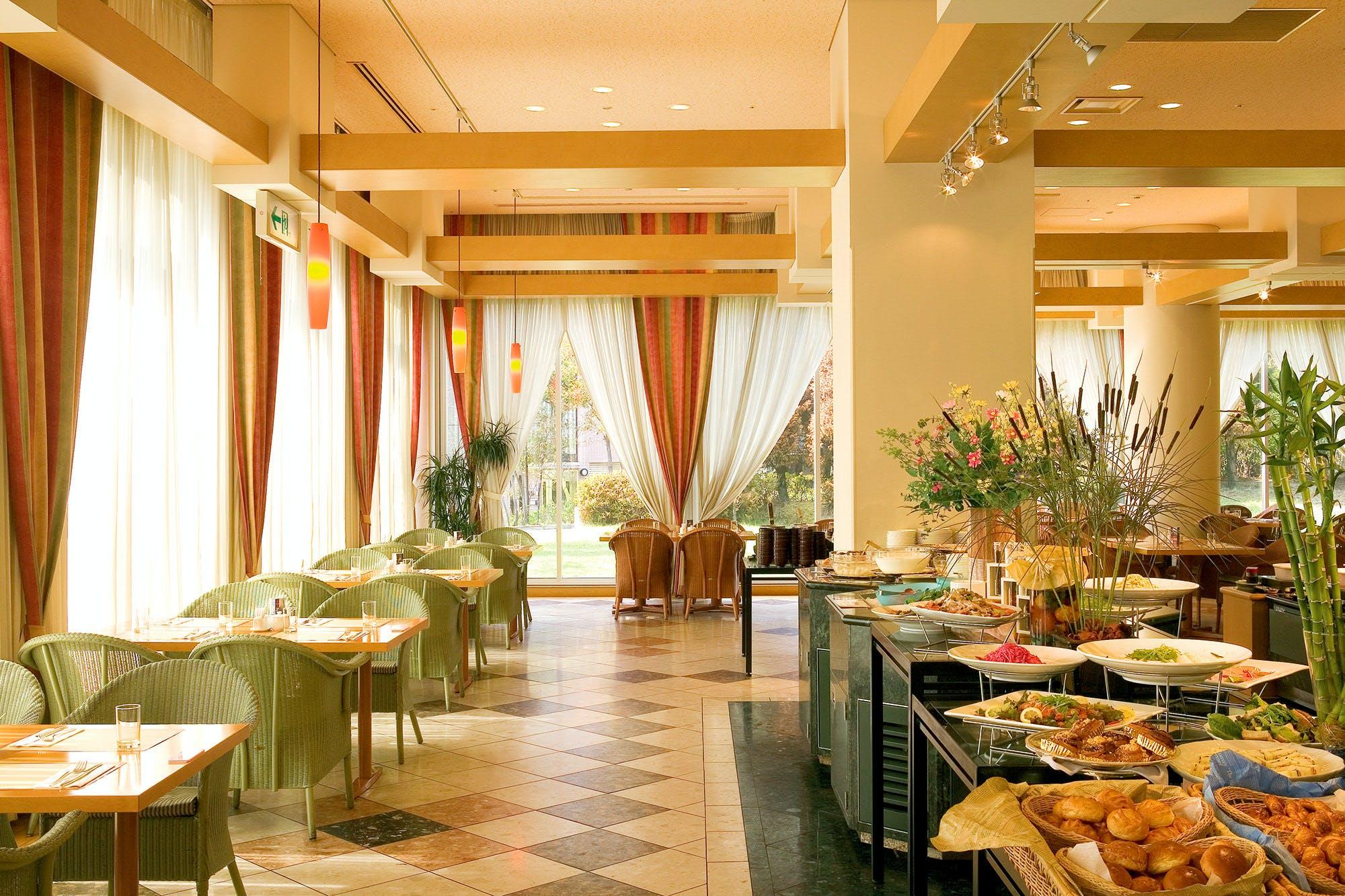 ALL DAY DINING POMODORO/ホテルヒューイット甲子園
