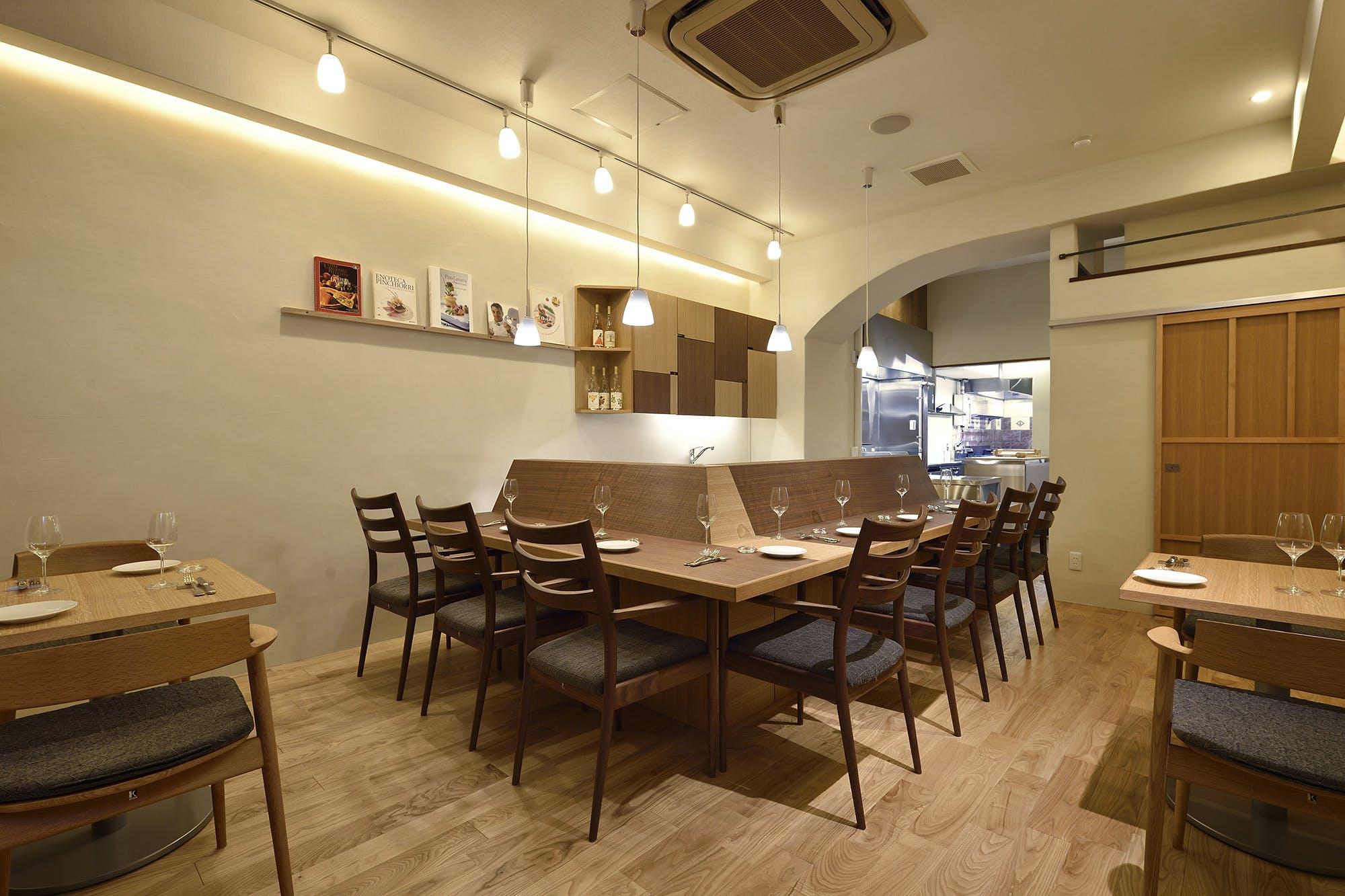 大阪市中央区内久宝寺町の飲食店・レストラン